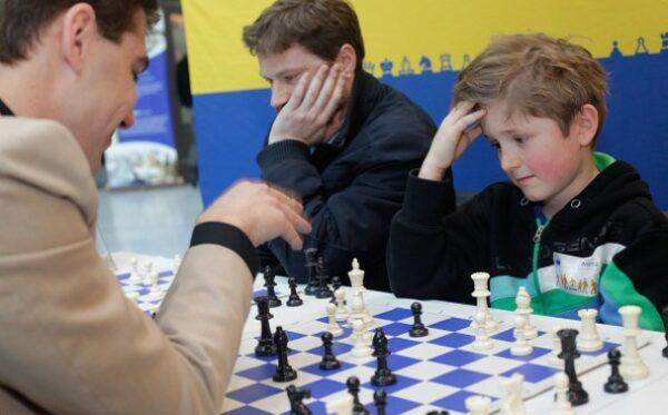 Deputowani Europarlamentu wzięli udział w wydarzeniach zorganizowanych przez Kasparov Chess Foundation Europe