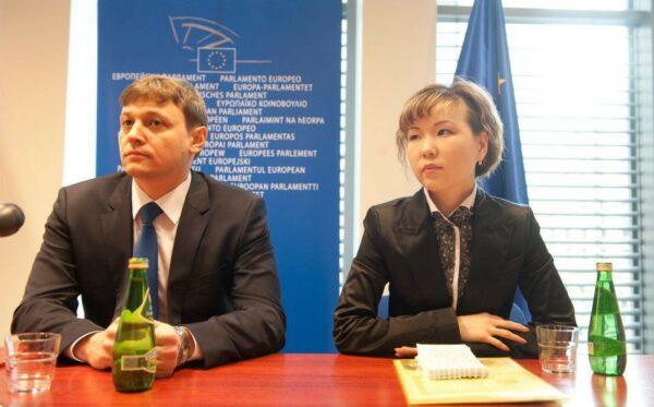 Kazachstan: jak zdaje się egzamin z demokracji?