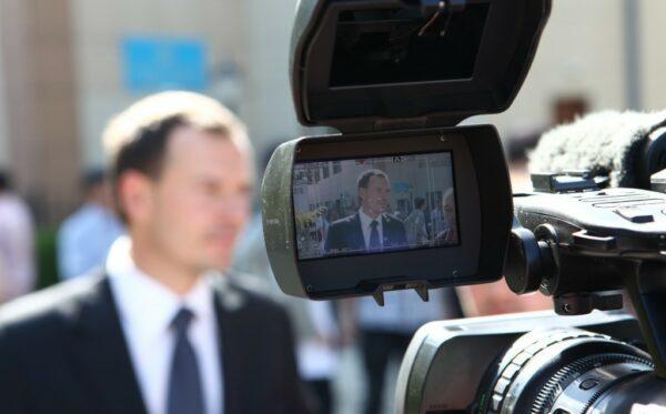 Przedstawiciele międzynarodowej misji obserwacyjnej na procesie sądowym w sprawie opozycjonistów w Aktau