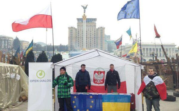 Polacy rozbili namiot na Majdanie