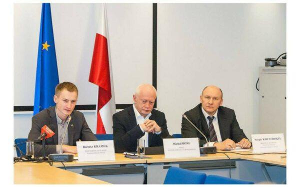 Konferencja prasowa po wyborach parlamentarnych na Ukrainie