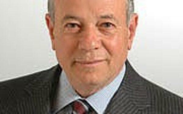 Senator Luigi Compagna pyta o sytuację w Kazachstanie