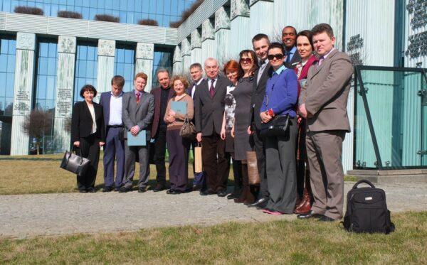 ODF wspiera lustrację i reformy sądownictwa na Ukrainie