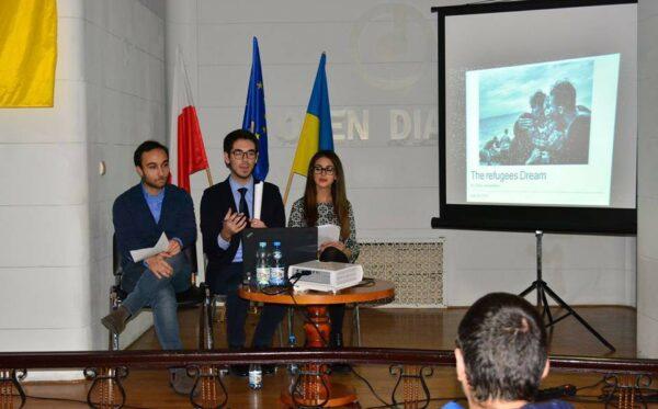 O uchodźcach z włoskiej perspektywy. ODF gościło studentów z Italii