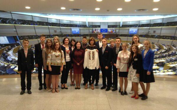 Młodzież z Ukrainy w Brukseli i Berlinie