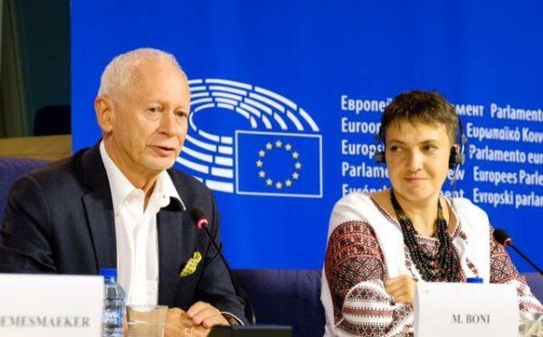 Nadia Savchenko z wizytą w PE współorganizowaną przez Fundację Otwarty Dialog