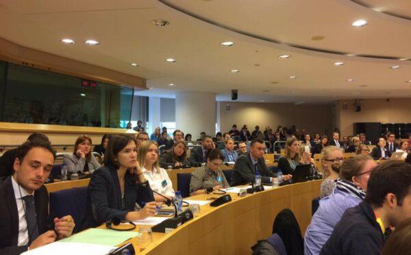 Debata w Parlamencie Europejskim na temat porozumień mińskich, stosunków między Rosją a Unią Europejską oraz roli nakładanych sankcji