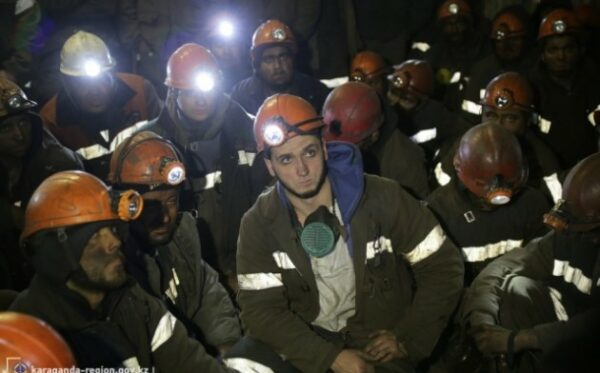 Kazachstan: Ponad 700 górników ogłosiło strajk