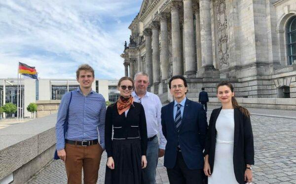 Doroczna sesja Zgromadzenia Parlamentarnego OBWE w Berlinie: omówienie zagrożonej demokracji w Mołdawii oraz wolności obywatelskich i praw człowieka w Kazachstanie