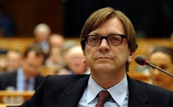 Guy Verhofstadt: Zakaz wydawania wiz Schengen Ludmyle Kozlovskiej musi zostać wycofany