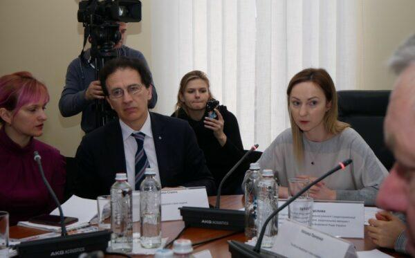 W Radzie Najwyższej Ukrainy omówiono prześladowania i łamanie praw ukraińskich obywateli na terytorium Rosji, Białorusi i Kazachstanu