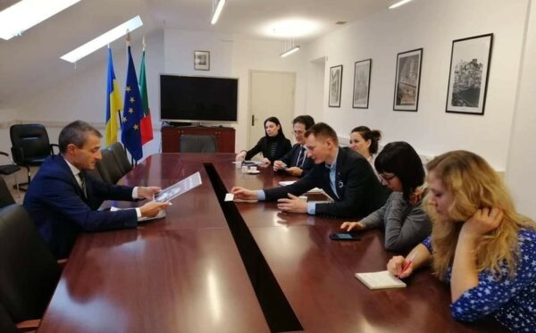 Fundacja Otwarty Dialog, FIDU i Centrum Wolności Obywatelskich we wspólnej misji na Ukrainie