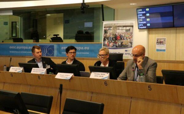 Bartosz Kramek podczas Dni Społeczeństwa Obywatelskiego opowiedział o sytuacji polskich aktywistów