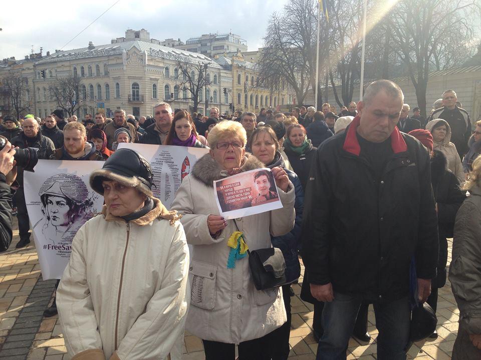 Modlitwa za N. Savchenko zorganizowana przez Batkivshchynę w Kijowie